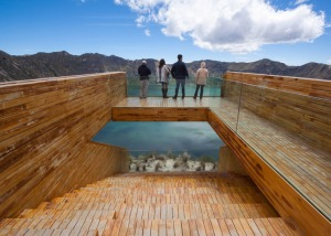 Volcano-crater-observation-deck-by-Javier-Mera-Jorge-Andrade-and-Daniel-Moreno_dezeen_784_3